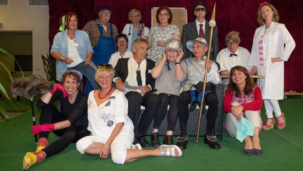 Theaterwerkstatt Kladow - Irres Diamantenroulette @ Festsaal Haus Ernst-Hoppe, Haus 3